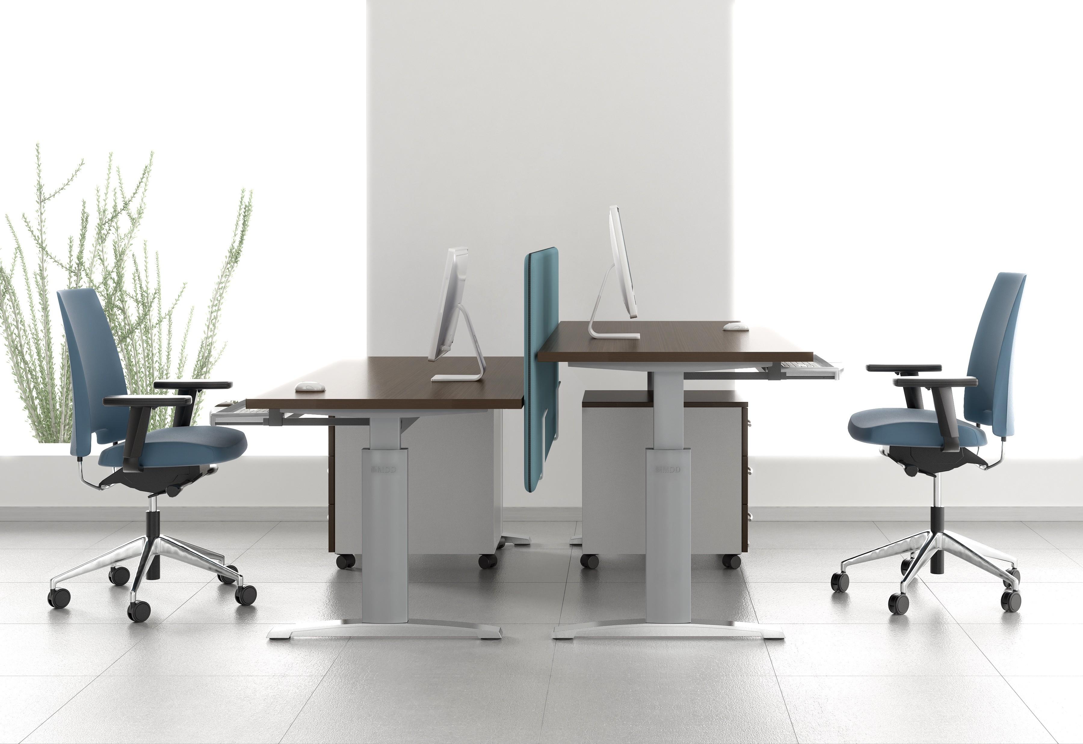 Bureau réglable en hauteur ergonomic master mdd bureaux réglables