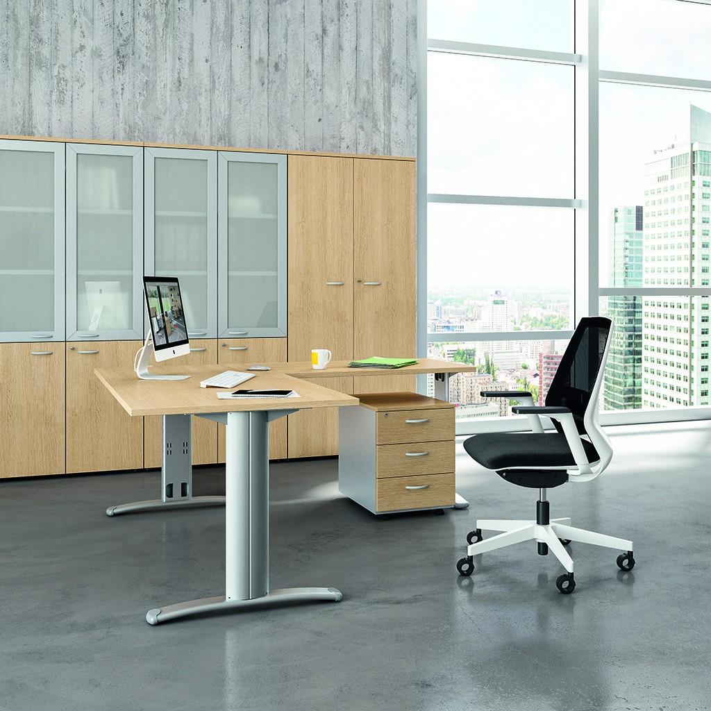 bureau d angle pieds i practika p5 quadrifoglio bureaux op ratif. Black Bedroom Furniture Sets. Home Design Ideas